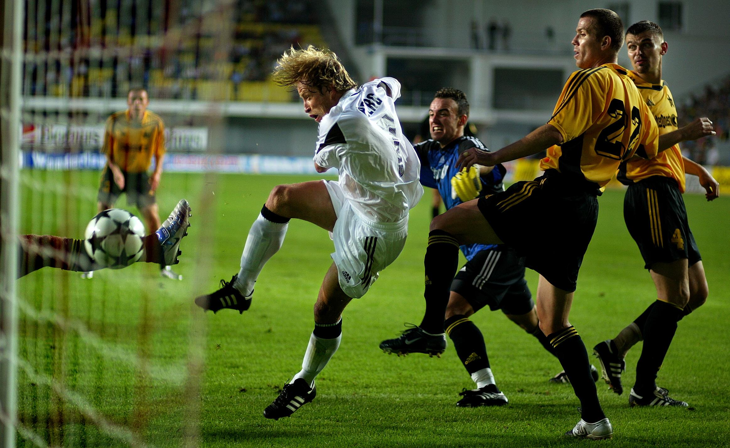 TIRASBOL(VG) FC SHERIFF - ROSENBORG. 0-2. 0-1 målet som Ørjan Berg scoret.